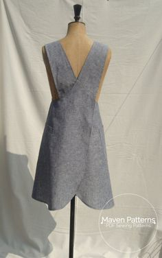 The Maria Wrap Apron PDF sewing pattern Japanese by mavenpatterns