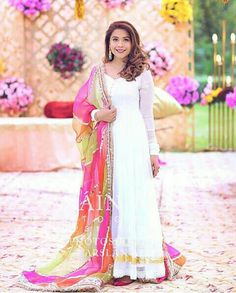 Pakistani Dresses Casual, Indian Gowns Dresses, Pakistani Dress Design, Indian Outfits, Bridal Dresses, Girls Dresses, Kurti Neck Designs, Kurta Designs Women, Stylish Dress Designs