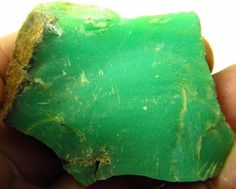 39 grams High Quality AAA Natural Rough Gem Facet Cabbing Carving Chrysoprase