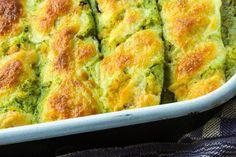 Le zucchine ripiene cremose al prosciutto sono un secondo piatto molto goloso, facile e veloce da preparare ma di sicuro effetto. Ecco la ricetta ed alcuni consigli utili
