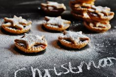 Hippopotamousse: Spiced Clementine Star Topped Mince Pies