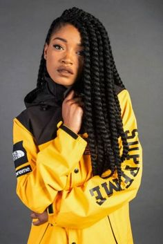 Top 60 All the Rage Looks with Long Box Braids - Hairstyles Trends Box Braids Hairstyles, Female Dreads Hairstyles, Lemonade Braids Hairstyles, African Hairstyles, Summer Hairstyles, Cool Hairstyles, Hairstyles 2018, Woman Hairstyles, Black Hairstyles