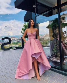 View more beautiful gowns by browsing Pageant Planet's dress gallery! Stunning Prom Dresses, Pretty Prom Dresses, Pink Prom Dresses, Gala Dresses, Dance Dresses, Elegant Dresses, Homecoming Dresses, Cute Dresses, Beautiful Dresses
