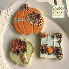 Fall themed cookies for three different events; the Go Bo Foundation bake sale, and autumn themed birthday and will you be my bridesmaid cookie bouquet. Fancy Cookies, Iced Cookies, Cute Cookies, Royal Icing Cookies, Sugar Cookies, Cookies Et Biscuits, Biscuits Halloween, Halloween Cookies, Bridesmaid Cookies