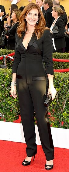 Julia Roberts: 2015 SAG Awards in Givenchy