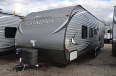 If you are looking for a rear kitchen model with one large slide out then check out this Catalina SBX travel trailer This unit also features a. Camper Trailer For Sale, Camper Caravan, Campers For Sale, Rvs For Sale, Camper Trailers, Camping In Washington State, Coachmen Rv, Best Family Vacations, Rv Dealers