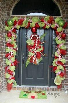 Resultado de imagen para decoracion navideñas en puertas