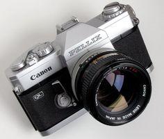 Canon Pellix QL Camera Body - 1966