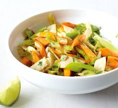 Suppengrün aus der Pfanne - Low Carb: Vegetarische Hauptgerichte - 1 - [ESSEN & TRINKEN]
