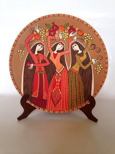 Decorative plate Dancing women hand painted ceramic by Essenziale Painted Ceramic Plates, Hand Painted Pottery, Pottery Painting, Hand Painted Ceramics, Ceramic Painting, Ceramic Art, Decorative Plates, Hanging Wall Art, Wall Art Decor