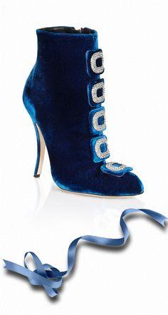 *Manolo Blahnik Blue Velvet Suwalki Boots | The House of Beccaria