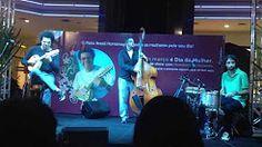 Hamilton de Holanda Trio (7/2013) 11 - YouTube