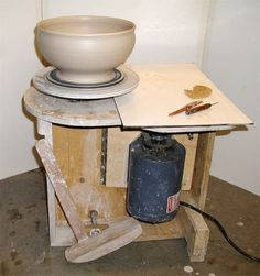 How to make your own potters wheel. Sounds like my first operation for summer.