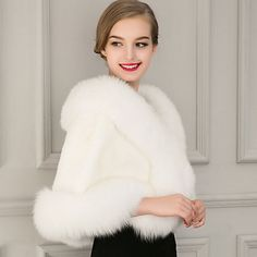 Sleeveless Capelets Faux Fur Wedding / Party Evening / Casual Women's Wrap With Feathers / Fur Capes, Faux Fur Stole, Wedding Wraps, Winter Outfits, Fur Coat, Sweaters For Women, Fashion Outfits, Bridal, Casual