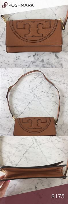 Authentic Tory Burch Crossbody Like new, in excellent condition! And comes with original dusk bag :) Tory Burch Bags Crossbody Bags