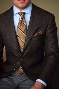 Blue shirt, brown repp tie, brown blazer, grey pants, casual Friday – S M – Join in the world of pin Mens Fashion Blog, Mens Fashion Suits, Mens Suits, Ootd Fashion, Style Fashion, Fashion Outfits, Gentleman Mode, Gentleman Style, Gentleman Fashion
