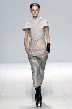 Rick Owens Spring 2008 Ready-to-Wear Collection Photos - Vogue