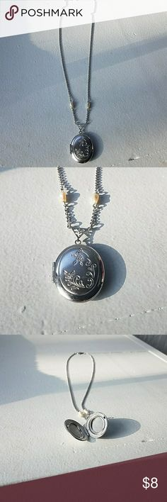 Silver locket Cute locket perfect for a little girl to have! Jewelry Necklaces