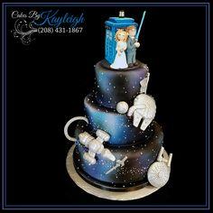 Seriously cute geeky cake - Doctor Who, Star Wars, Star Trek, Legend of Zelda, Firefly Star Wars Wedding Cake, Star Wars Cake, Geek Wedding, Wedding Cake Toppers, Wedding Cakes, Movie Wedding, Wedding Ideas, Beautiful Birthday Cakes, Cake Wrecks