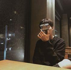 Boyfriend Kpop, Boyfriend Photos, Christian Yu, Can Safe, Exo Fan Art, Instagram Story Ideas, N Girls, Ulzzang Boy, Pretty Baby