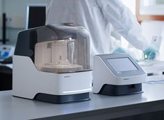 SAMBA II | HIV blood analyzer | Beitragsdetails | iF ONLINE EXHIBITION