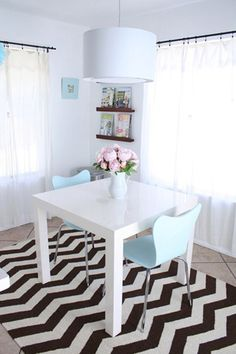 #Decorar suelos con rayas - Chevron #suelo_rayas #stripe_floors