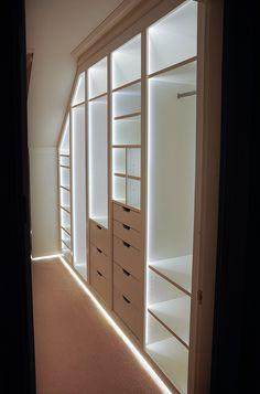 Built in wardrobe with lights Wardrobe Storage, Bedroom Wardrobe, Wardrobe Closet, Built In Wardrobe, Master Closet, Wardrobe Led Lights, Wardrobe Lighting, Closet Lighting, Modern Interior Design