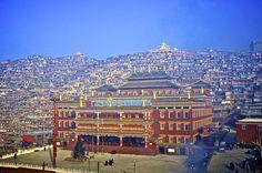 Seda Institute of Buddhist Studies Sichuan China with surrounding campus accomodation  #architecture #seda #institute #buddhist #studies #sichuan #china #surrounding #campus #accomodation #photography