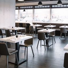 @synecdochedesign does Chip Chairs for @akasushibar's expansion. Monotone goodness. #ChipChair #sushi #interiordesign