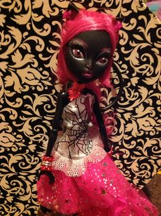 New monster high doll Catty Noir.I just got her from dragon con! New Monster High Dolls, Monster Girl, Catty Noir, Christmas Ornaments, Holiday Decor, Christmas Jewelry, Christmas Ornament, Christmas Baubles