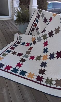"Quilt, Knit, Run, Sew: Presenting ""Catch a Falling Star"" Star Quilt Blocks, Star Quilts, Scrappy Quilts, Quilting Projects, Quilting Designs, Quilting Ideas, Hand Quilting, Patriotic Quilts, Quilt Of Valor"