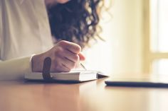 7 crucial tips to write better and faster.