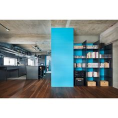 Who would have thought that light blue can be matched with exposed concrete? #interior #interiordesign #woodfloor #blue #lightblue #concretewall