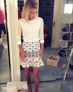 Kelly Ripa - Many of you were asking about Kelly's outfit today: Top @jcrew, Skirt Twelfth Street by @cynthiavincent from @intermixonline! #KellysFashionFinder Check out SNAPCHAT (KellyandMichael) for more!