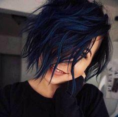 Natural Black Hair Color, Blue Black Hair Color, Dark Blue Hair, Cool Hair Color, Unique Hair Color, Color Red, Short Blue Hair, Navy Blue Hair Dye, Black Hair Bob