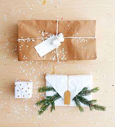 Christmas wrapping idea / Anna-Kaisa Melvas photo Tuomas Kolehmainen