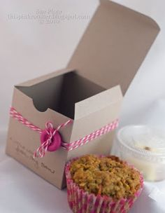 good ide to use to drop gift off to vendors!     http://www.ritzybee.typepad.com/