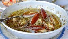 Η πιο εύκολη, γρήγορη και νόστιμη συνταγή για ολόφρεσκα θαλασσινά! Thai Red Curry, Seafood, Pork, Meat, Chicken, Ethnic Recipes, Sea Food, Kale Stir Fry, Pork Chops