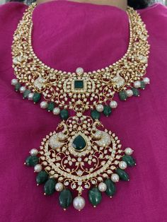 SHRIYERAS jewels Hyderabad Close setting necklace in gold made in open setting Indian Jewellery Design, Indian Jewelry, Jewelry Design, Wedding Jewelry, Gold Jewelry, Diamond Jewelry, Emerald Diamond, Antique Jewelry, Emerald Necklace