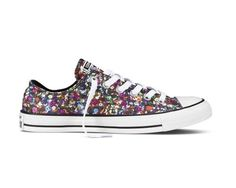 I wantz! New Converse Women's Chuck Taylor Ox Sneakers Multi/White 5