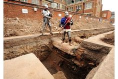 Richard III dig: Victorian builders 'were within inches of Greyfriars skeleton'