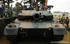 10式戦車 真正面
