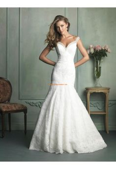 Robe de mariée 2014 dentelle sirene traine chapelle avec bretelles