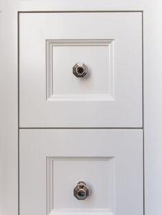 Choose Wisely! My Tips for Choosing Cabinetry Hardware | BlueGrayGal Kitchen Cabinets Light Wood, Plumbing Fixtures, Cool Tones, Blue Tones, Knobs And Pulls, Choose Wisely, Home Decor Inspiration, Polished Nickel, Home Remodeling