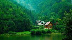 Doğa manzaralı ilginç bir ev daha...