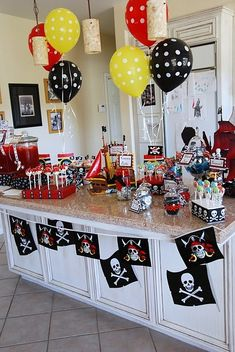 Food ideas. Pirate themed party. Decoration. idea for island