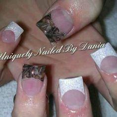 Mossy oak! I'm not a fake nail kinda girl but I do want camo nails!