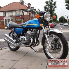 1972 Kawasaki S2 350 for sale | Motorcycles Unlimited  Actually , I believe this is a 500 triple.  Notice the front disc brake.  The S2 had a regular drum brake on the front.