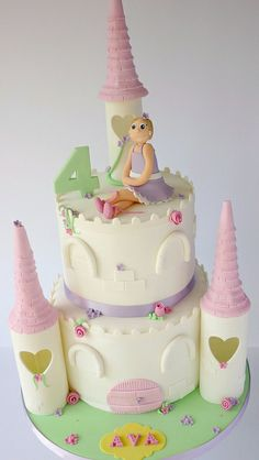Lovely birthday cake with a cat topper Pera Cakery Cakes