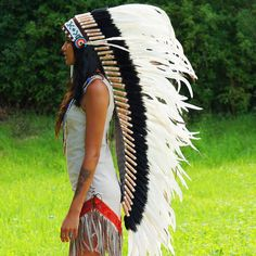 Keep it classy and authentic looking with our Pure White War Bonnet - 130cm – Indian Headdress - 139.00 US$ from Novum Crafts
